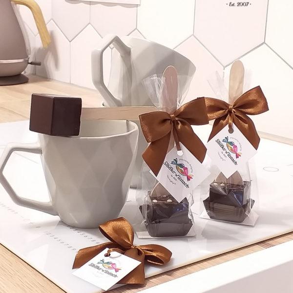 F201 - czekoladowe łyżeczki, do mleka, łyżeczki z czekoladą, dla firm, słodycze firmowe, reklamowe, personalizowane, z logo, warszawa, świąteczne, prezenty, z dostawą, event,