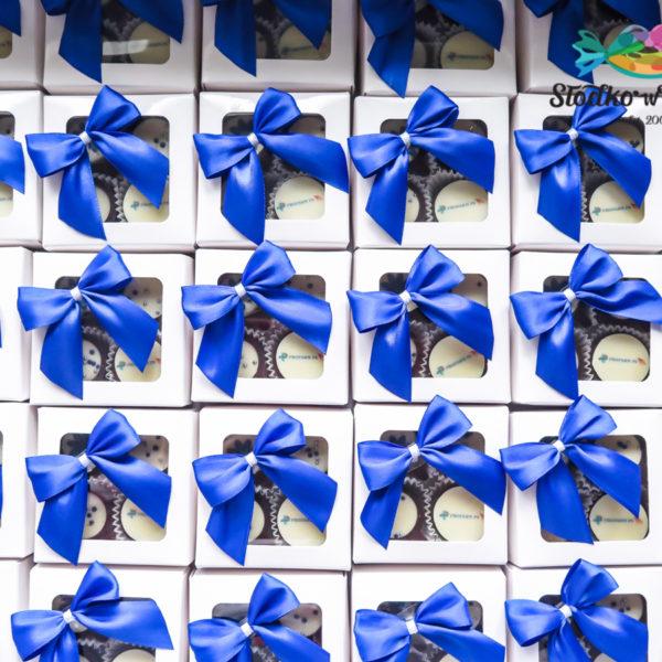 F203 - mini filiżanki, czekoladowe, praliny, dla firm, słodycze firmowe, reklamowe ,personalizowane, z logo