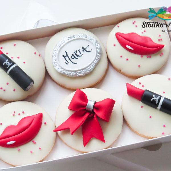 F50 - ciastka firmowe, kruche, dla firm, słodycze firmowe, reklamowe ,personalizowane, dzień kobiet, dla pań, z dostawą