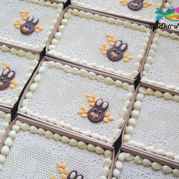 SW114 - mazurek, świąteczny, dla firm, słodycze firmowe, reklamowe, personalizowane, słodko w ustach, warszawa, świąteczne, prezenty, wielkanoc, mazurki