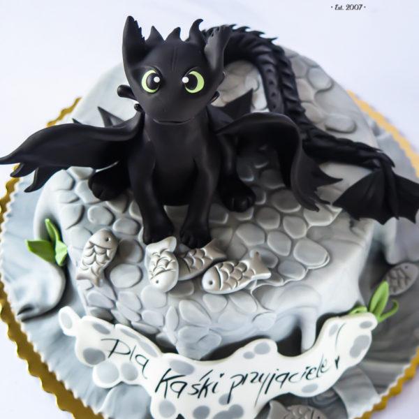 U553 - tort urodzinowy, na urodziny, dla dzieci, artystyczny, jak wytresować smoka, tort z dostawą, transportem warszawa, piaseczno, konstancin jeziorna, góra kalwaria, polska