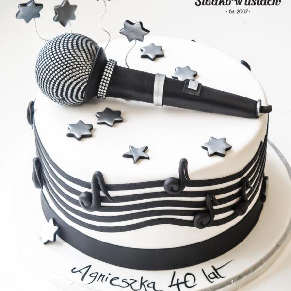 U558 - tort urodzinowy, na urodziny, muzyczny, z mikrofonem, dla piosenkarki, artystyczny, tort z dostawą, transportem warszawa, piaseczno, konstancin jeziorna, góra kalwaria, polska