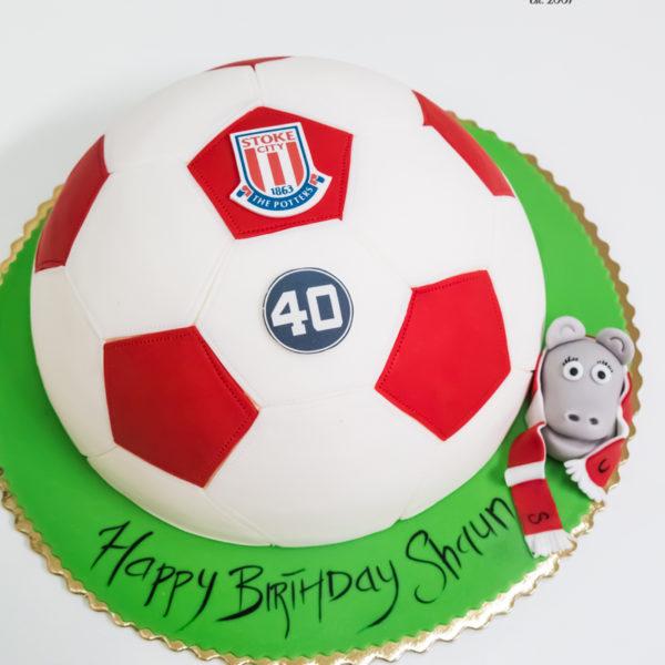 U560 - tort urodzinowy, na urodziny, dla mężczyzny, męski, artystyczny, piłka nożna, stok city, piłkarski, tort z dostawą, transportem warszawa, piaseczno, konstancin jeziorna, góra kalwaria, polska