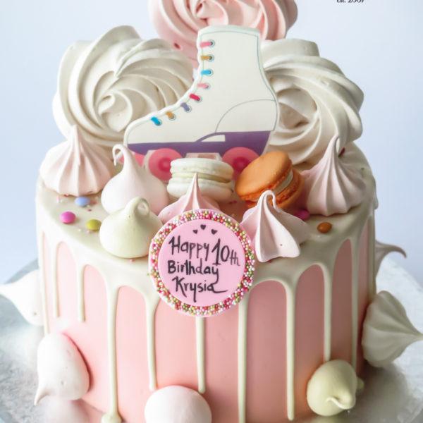 U565 - tort urodzinowy, na urodziny, dla dzieci, wrotki, rolki, bez masy cukrowej, w kremie, dripcake, tort z dostawą, transportem warszawa, piaseczno, konstancin jeziorna, góra kalwaria, polska