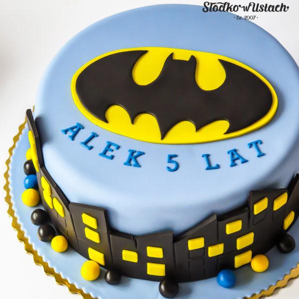 U608 - tort urodzinowy, na urodziny, dla dzieci, artystyczny, batman, tort, cukiernia, pracownia cukiernicza, z dostawą, transportem warszawa, piaseczno, konstancin jeziorna, góra kalwaria, polska