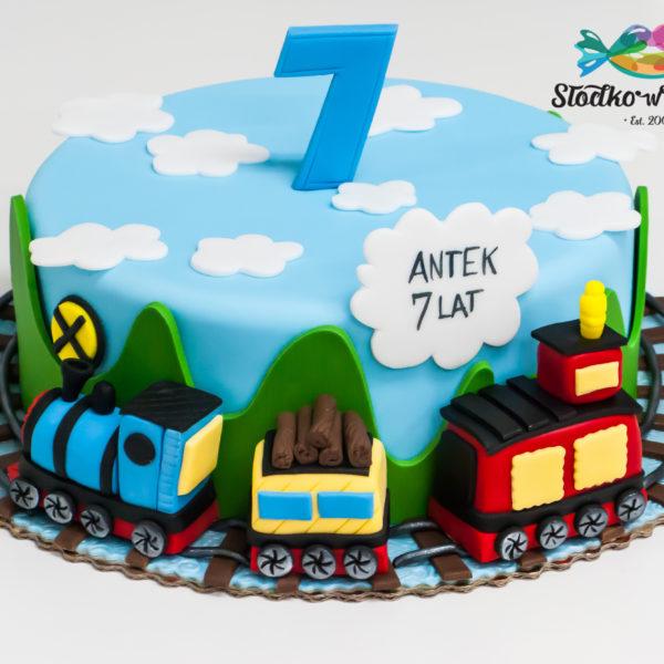 U610 - tort urodzinowy, na urodziny, dla dzieci, artystyczny, pociąg, kolejka, ciuchcia,tort, cukiernia, pracownia tortów, z dostawą, transportem, dowozem, warszawa, piaseczno, konstancin jeziorna, góra kalwaria, polska