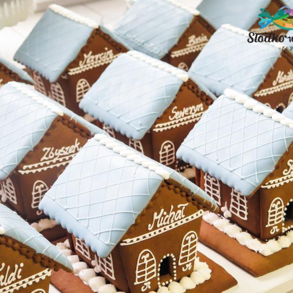 F221 - domek z piernika, pierniki, firmowe, naturalne, dla firm, słodycze firmowe, reklamowe, personalizowane, z dostawą, świąteczne, prezenty, na boże narodzenie, warszawa, piaseczno, konstancin jeziorna, polska, europa