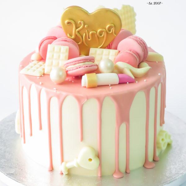 U647 - tort urodzinowy, na urodziny, artystyczny, okazjnonalny, wyjątkowy, elegancki, złocony, drip, z sercem, ze szminką, kobiecy, dla żony, dziewczyny, narzeczonej, w kremie, bez masy cukrowej, cukiernia z dostawą, transportem, dowozem, warszawa, piaseczno, konstancin jeziorna, góra kalwaria, otwock