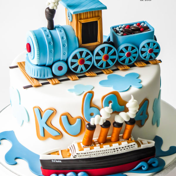 U671 - tort urodzinowy, na urodziny, artystyczny, wyjątkowy, z pociągiem, parowóz, statek, titanic, dla chłopca, najlepsze, najpiękniejsze, torty,cukiernia z dostawą, transportem, dowozem, warszawa, piaseczno, konstancin jeziorna, góra kalwaria, otwock