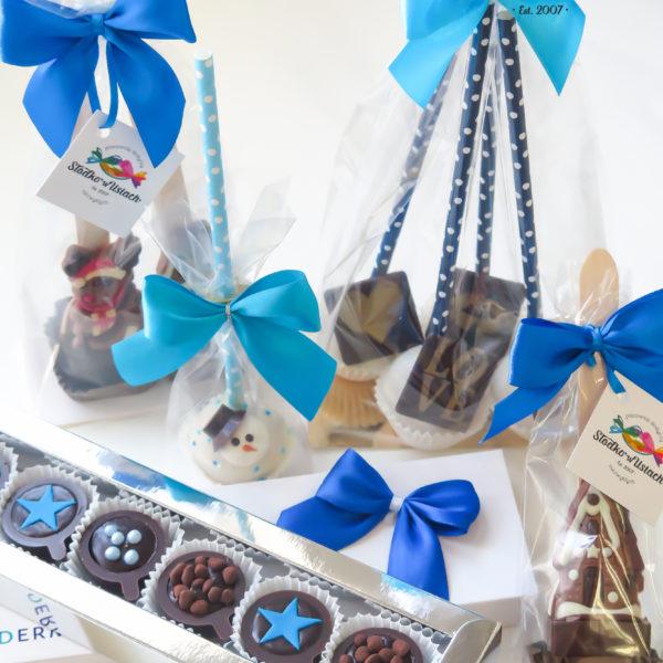C190 - praliny, mini filiżanki, cake pops, firmowe, dla firm, słodycze firmowe, reklamowe, personalizowane, z logo, z dostawą, świąteczne, prezenty, boże narodzenie, warszawa, piaseczno, konstancin jeziorna, polska, europa