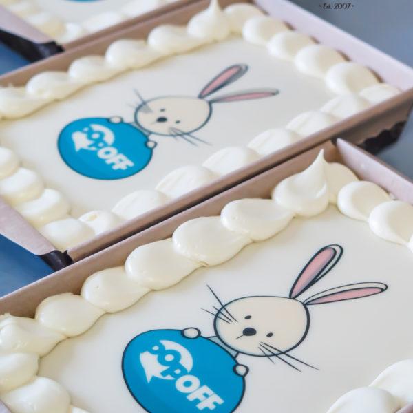 F206 - ciasta, świąteczne, mazurek, z logo, personalizowane,świąteczny, dla firm, słodycze firmowe, świąteczne, prezenty, wielkanoc, warszawa, piaseczno, konstancin jeziorna, polska, europa
