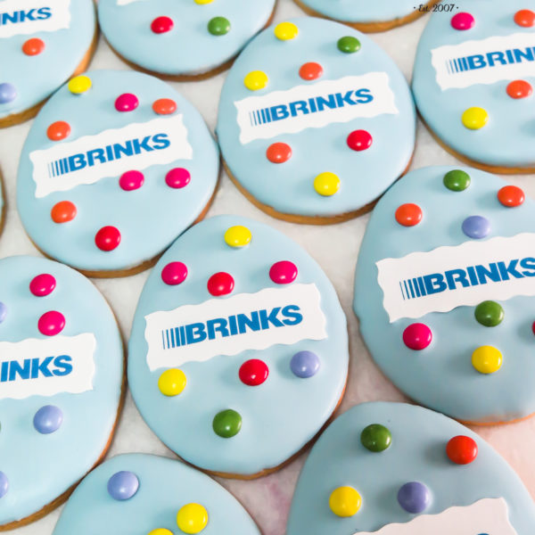 C213 - ciastka kruche, z logo, firmowe, naturalne, dla firm, słodycze firmowe, reklamowe, personalizowane, z dostawą, świąteczne, prezenty, na wielkanoc, warszawa, piaseczno, konstancin jeziorna, polska, europa