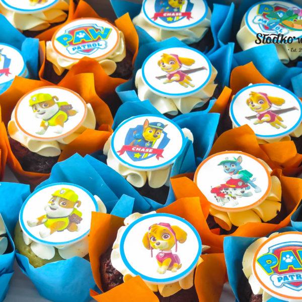 C219 - cupcakes, muffiny, urodzinowe, psi patrol, słodki stół, kącik, candy, bar , urodziny, personalizowane, z dostawą, prezenty, warszawa, piaseczno, konstancin jeziorna, polska,