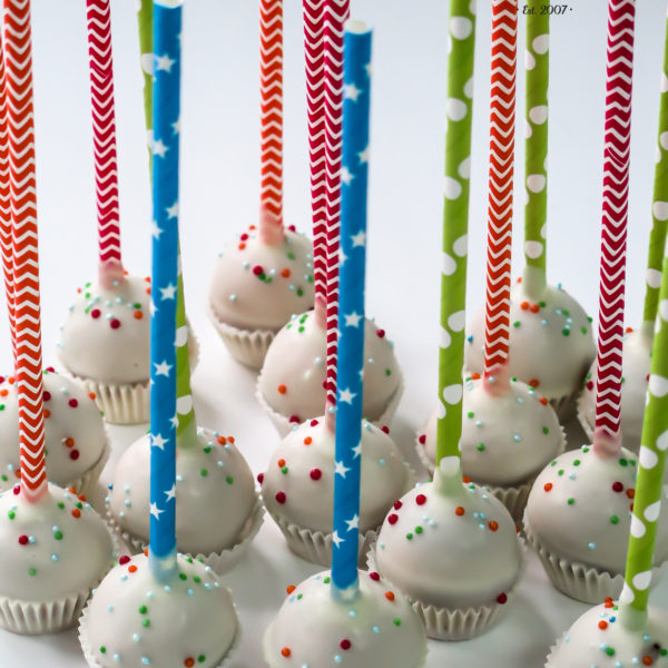 C245 - cake pops, lizaki, prezenty, słodki stół, kącik, candy, bar , firmowe, event, warszawa, z dostawą, polska