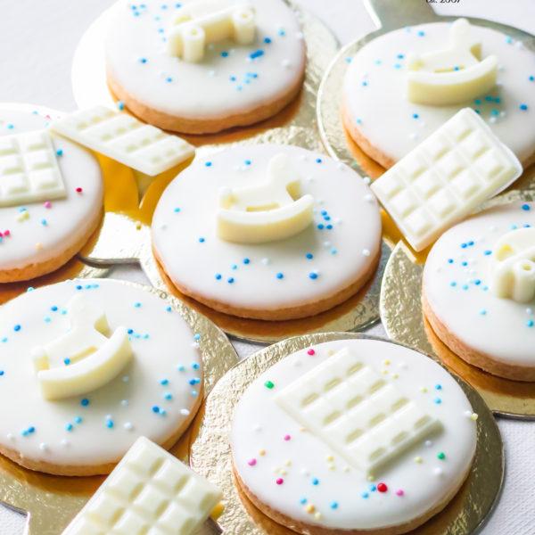 C305 - ciastka, kruche, urodzinowe, na chrzciny, prezenty, dla gości, w czekoladzie, baby shower, dzień kobiet, komunia, słodki stół, kącik, candy, bar , warszawa, z dostawą, polska