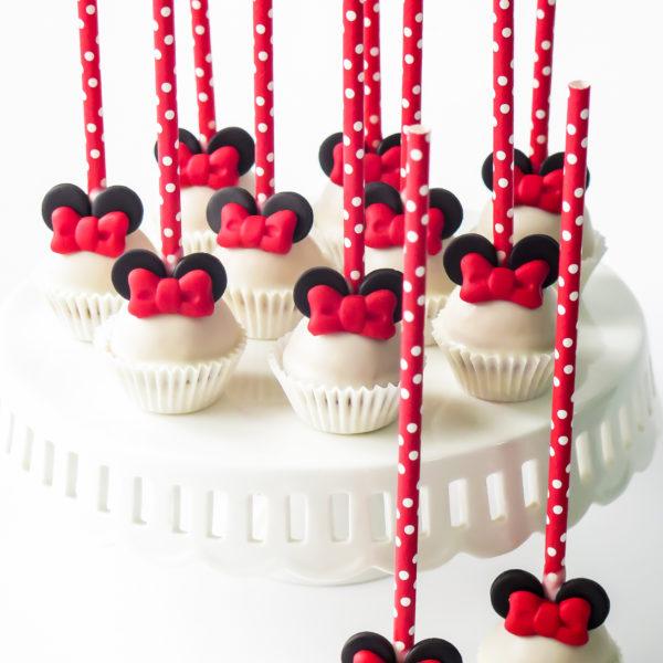 C319 - cake pops, lizaki, myszka minnie, prezenty, słodki stół, kącik, candy, bar , firmowe, event, warszawa, z dostawą, polska