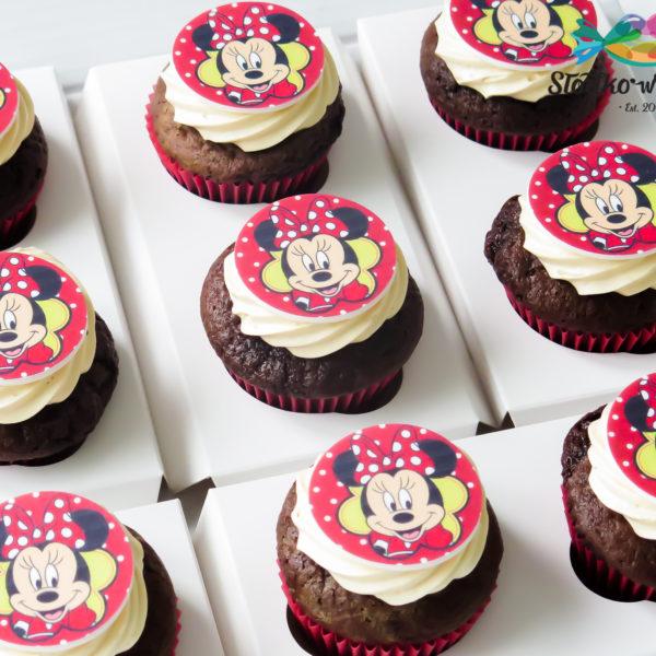 C323 - cupcakes, muffiny, urodzinowe, myszka minnie, słodki stół, kącik, candy, bar , urodziny, personalizowane, z dostawą, prezenty, warszawa, piaseczno, konstancin jeziorna, polska,